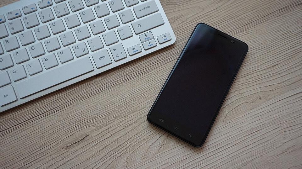 mobile chat application development